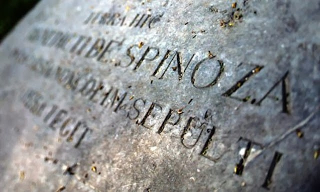 1aaf8-spinoza-memorial-at-the-n-005