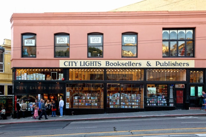 f8003-city-lights-bookstore-san-francisco2