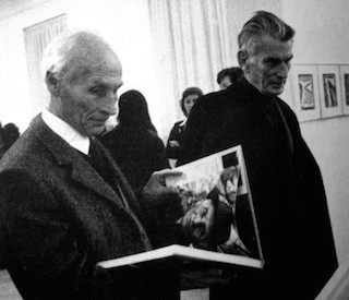 Bram van Velde and Samuel Beckett, Galerie Maeght, Paris, 1975.