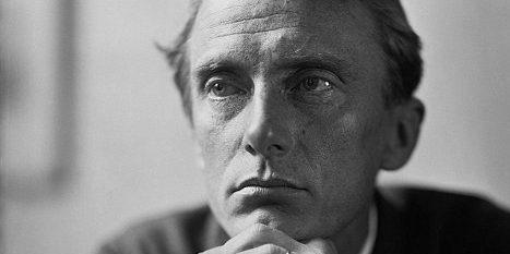 Distinctively Modern: The Poetry of EdwardThomas